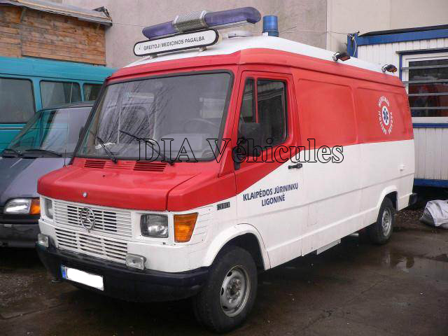 mercedes benz sprinter 310 voiture ambulance dia business. Black Bedroom Furniture Sets. Home Design Ideas